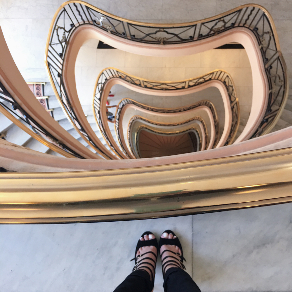 martinez-hotel-cannes-stairs