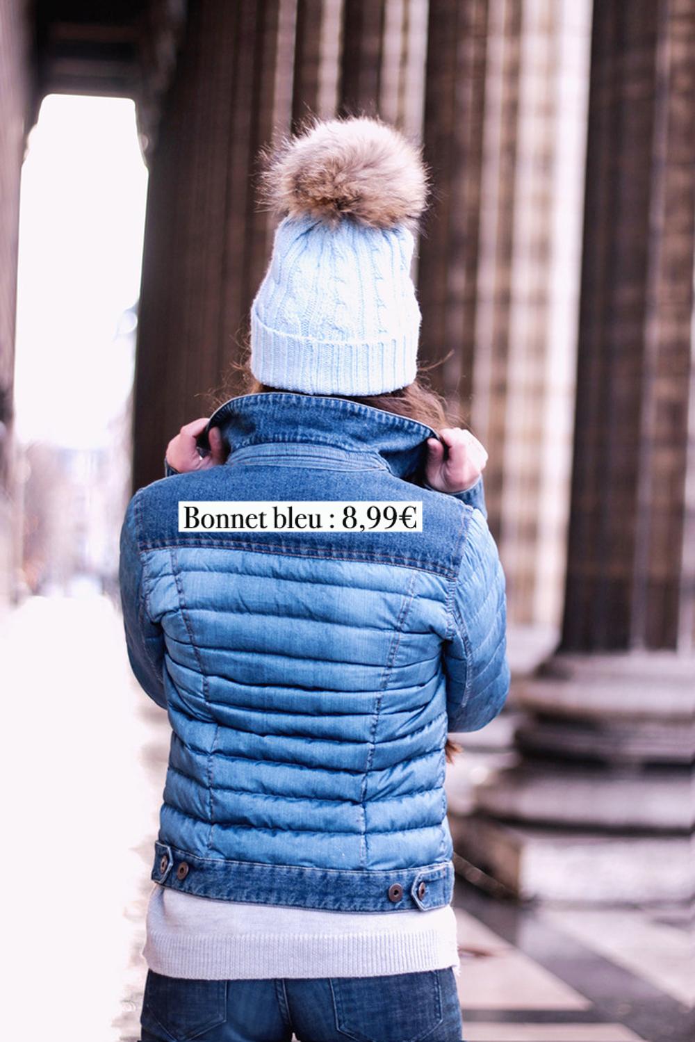 BONNET-bleu-pompom