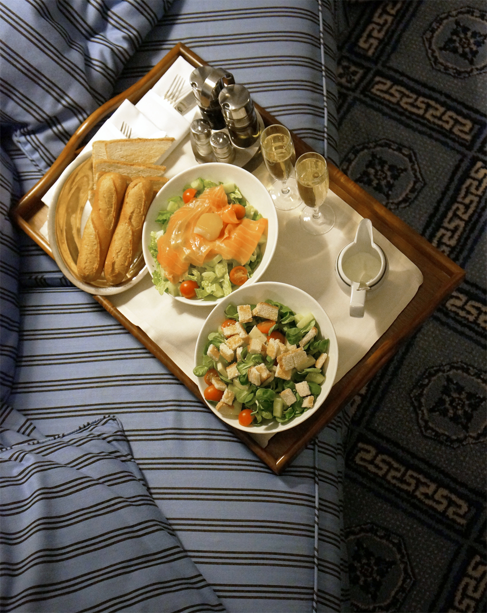 dokhans-ROOMSERVICE1