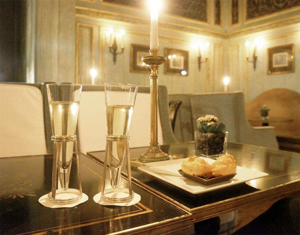 dokhans-champagneBAR5