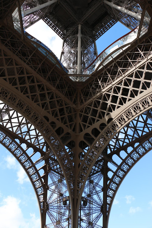 paris-tour-eiffel-tower-4