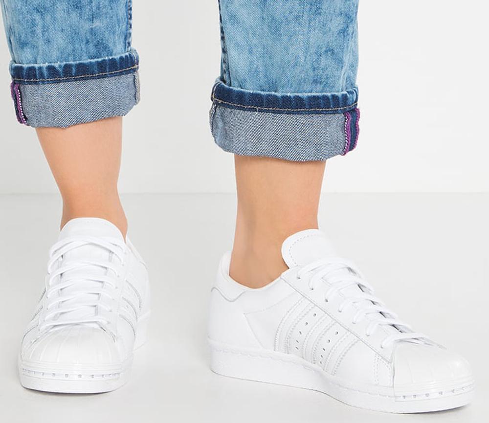 baskets-adidas-superstar-white