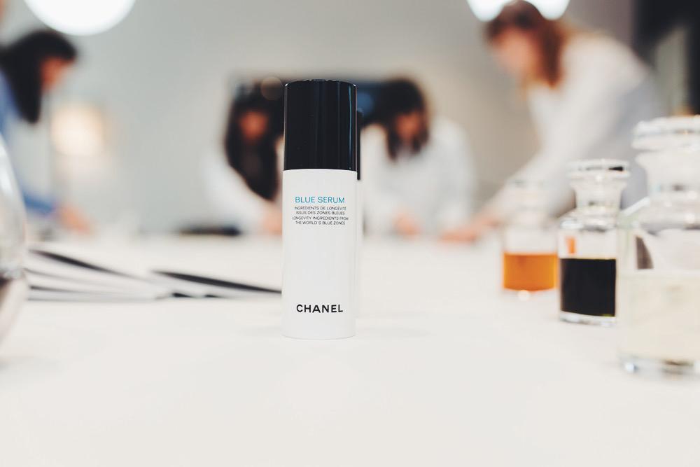 CHANEL-blue-serum-11